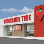 Canadian Tire Weekly Flyer: Hoover PowerDash Pet Carpet Washer $117, Noma 7' Durand Pre-Lit Tree $100 + More!